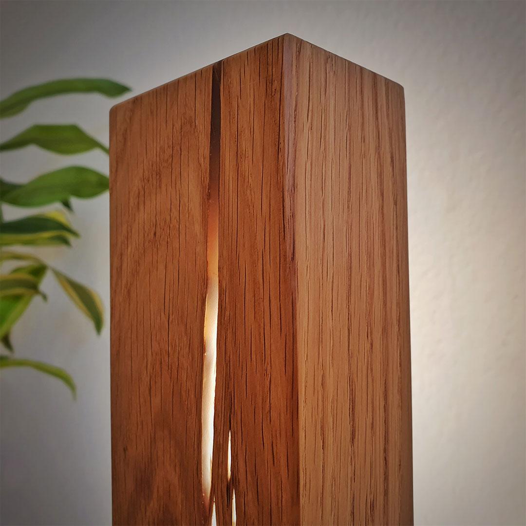 Epoxidharz Stehlampe aus Eiche