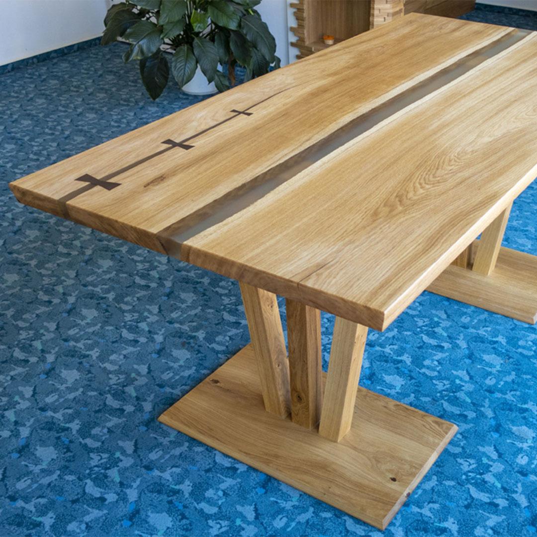 Epoxidharz Tisch aus Eiche